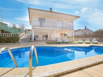 Villa Brisamar Vidreres - Apartment in Costa Brava