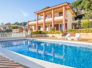 Villa Maer Blanes - Apartment in Costa Brava
