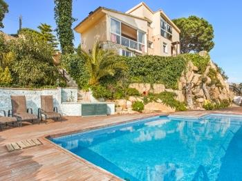 Villa Rapanui - Apartment in Costa Brava