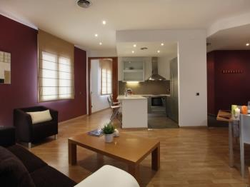 Places4stay Ramblas 1 Bedroom Apartment II - Apartment in Barcelona